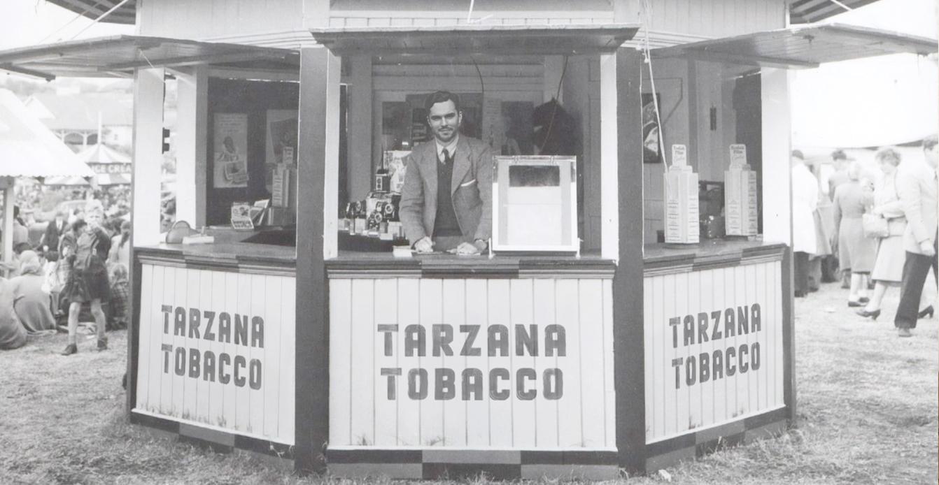 Tarzana Tobacco